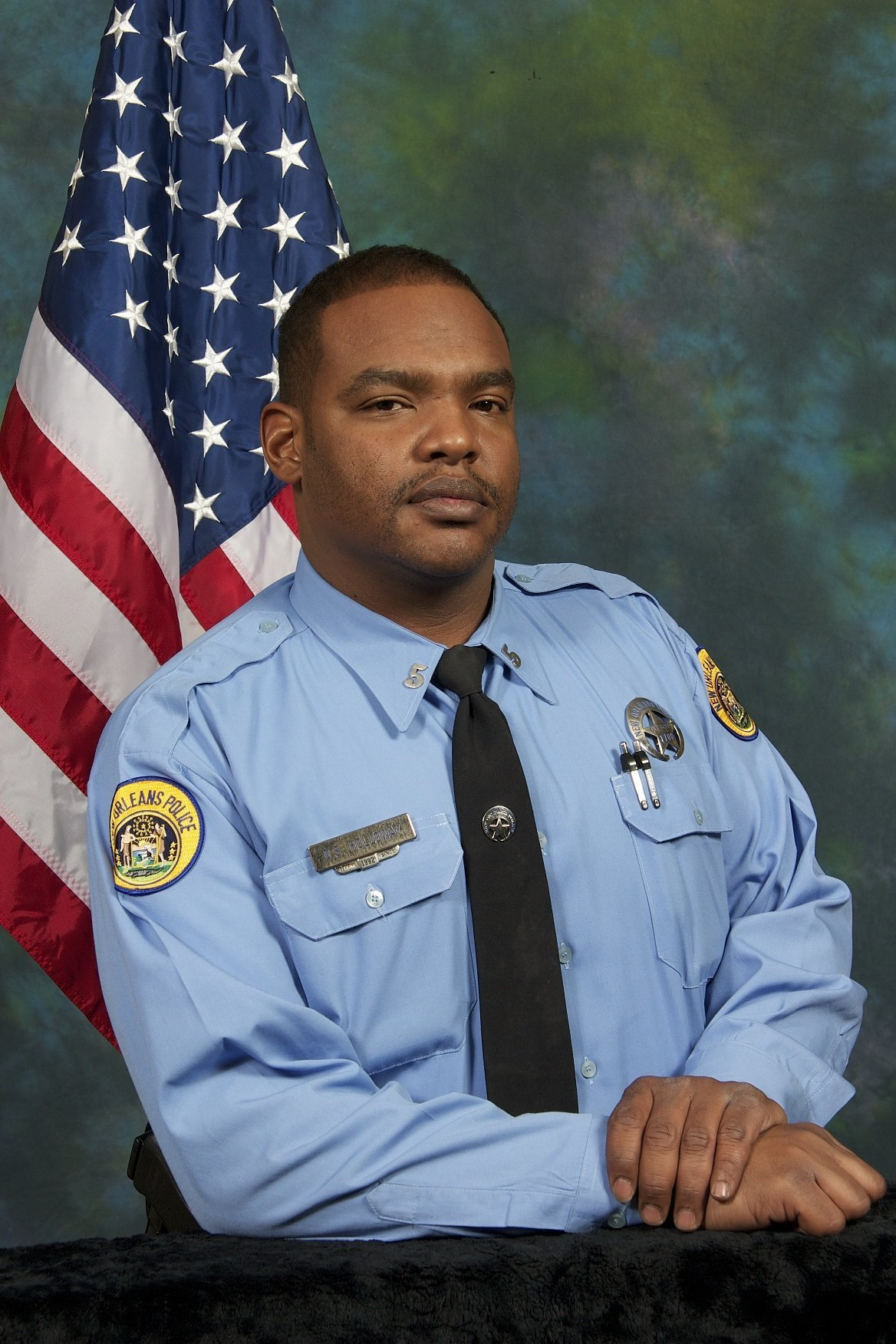 Man Fatally Shoots New Orleans Officer Through Cruiser Partition