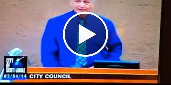 Video: Ariz. Mayor Refuses Moment of Silence for Slain Phoenix Officer
