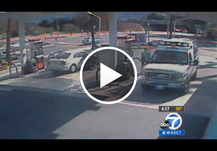 Video: Calif. Officer Delivers Baby in Gas Station