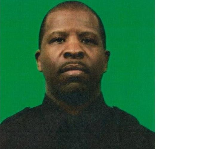 NYPD Cop Tackles Rampage Suspect On Train, Carjacking Details Emerge