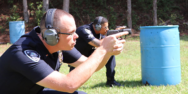 The Sumter (SC) Police Department will replace their current issue pistols with the SIG Sauer...