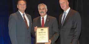 Arizona Chief Given Prestigious CALEA Award
