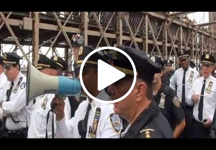 Video: Nearly 800 Wall Street Protesters Arrested Blocking Brooklyn Bridge