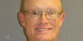 Orlando Officer Shot in Head, Suspect Barricaded with 4 Children