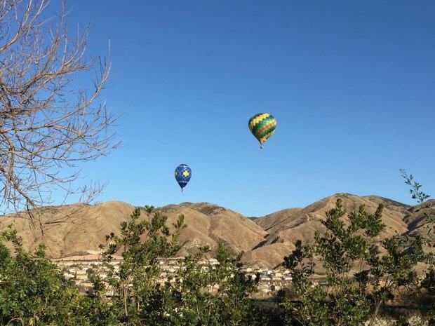 California Deputies Pull Over Hot Air Balloons in Flight