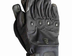 Blauer's new Fray glove is designed to be a tough, all-purpose duty glove meant for no-nonsense...