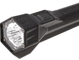 5.11 Tactical's Light for Life PC 3.300 flashlight charges in 90 seconds thanks to...