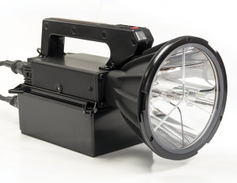 Peak Beam Systems' Maxa Beam Starter Kit (MBSK) is a new entry-level searchlight package that...