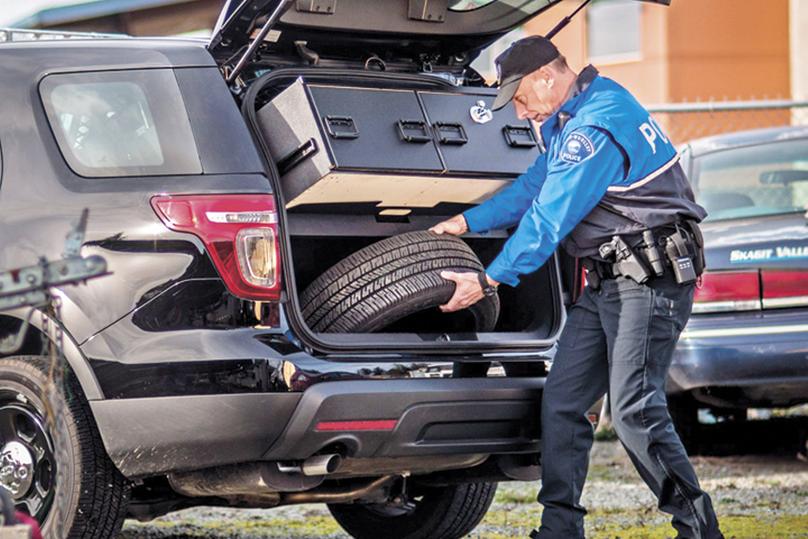 TruckVault's Lift System is designed to allow spare tire access for Ford Explorer pursuit...