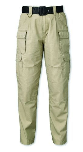 The Elite Lightweight Operator pant from Woolrich is made with lightweight yet durable 7-ounce,...