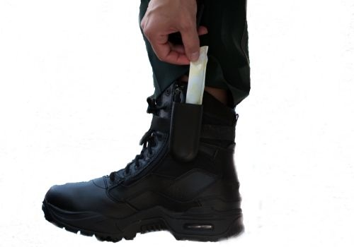 Photo of Tampon Holster courtesy of the manufacturer.