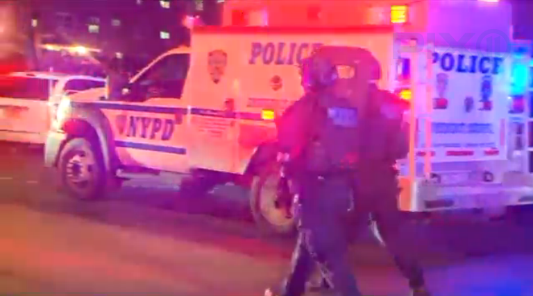 2 NYPD Officers Shot in Bronx Public Housing Complex