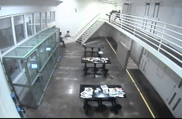Arizona Corrections Officer Saves Inmate's Life