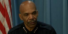 Broncos Linebacker Meets with Denver Police Chief