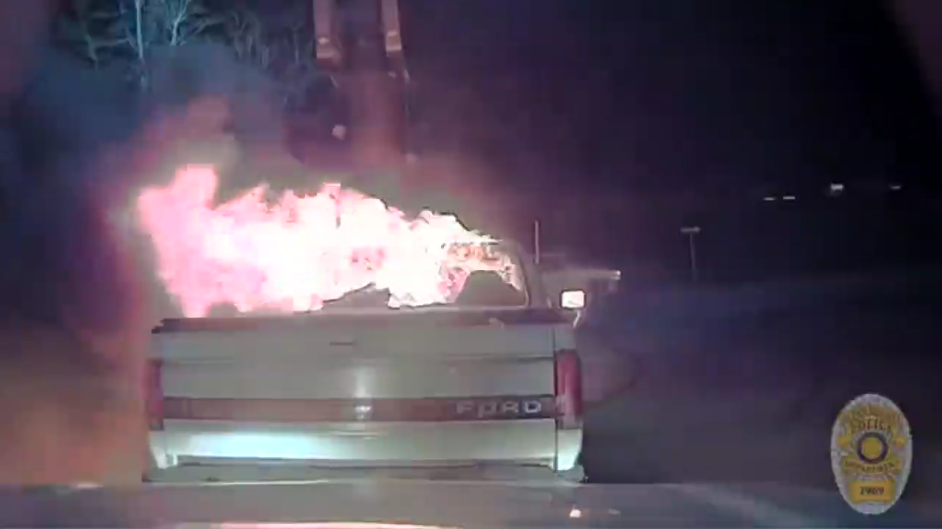 TX Officer Pushes Burning Truck With Cruiser