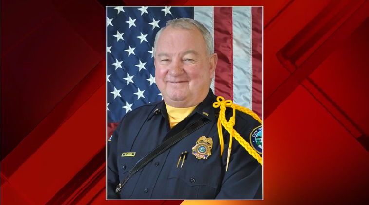 Off-Duty FL Officer Shot in His Driveway