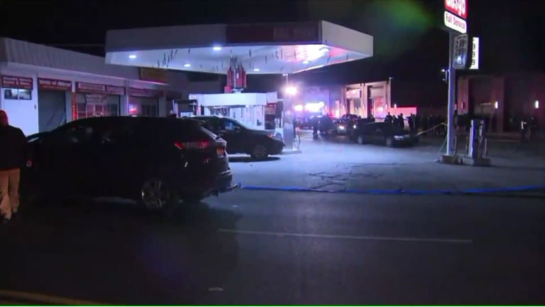 Off-Duty NYPD Officer Fatally Shoots Armed Robbery Suspect