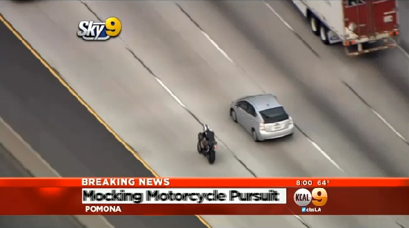 Motorcyclist Taunts California Troopers During High-Speed Chase