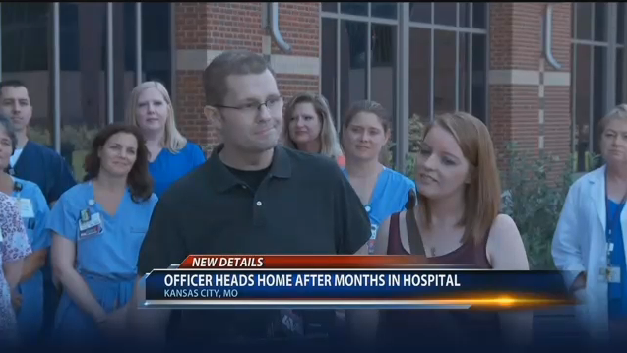 After Two Dozen Surgeries Missouri Officer with Flesh-Eating Disease Leaves Hospital