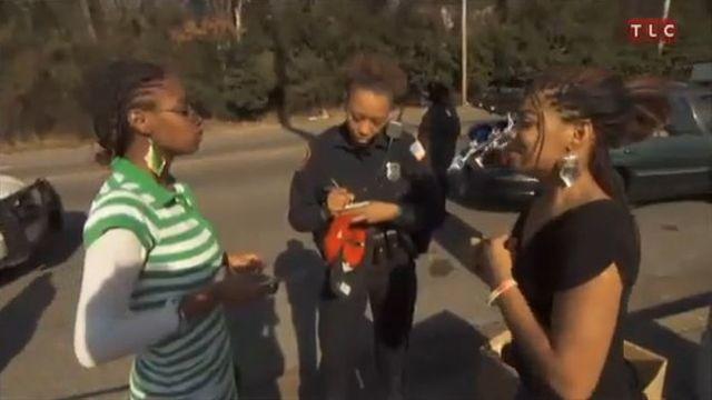 Memphis Police Woman Responds to Gang Shooting