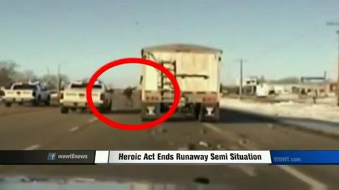 Nebraska Deputy Ends Chase by Jumping onto Moving Semi-Truck