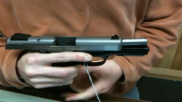 First Look at Ruger's SR40 Pistol