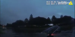 Texas Officers Rescue Woman from Sinking SUV