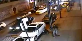 Off-Duty NYPD Cop Takes Down Robber